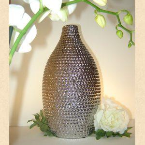 Vaza aspect metalic