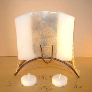 Lumânăre cu suport metalic