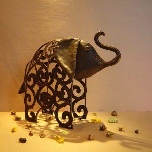 Statuetă elefantel